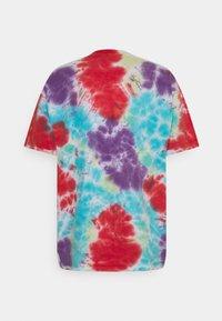 Obey Clothing - BOLD - Printtipaita - oxy fire blotch - 1