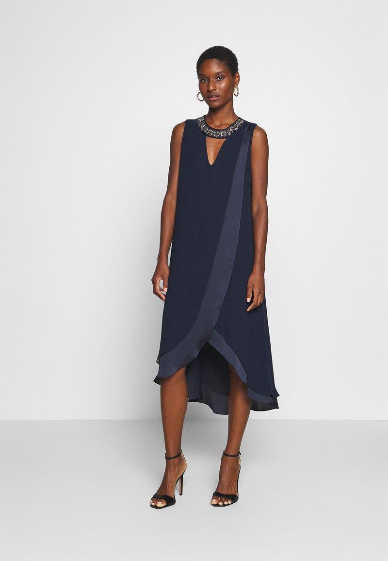 Wallis - NECK OVERLAYER DRESS - Cocktailjurk - ink