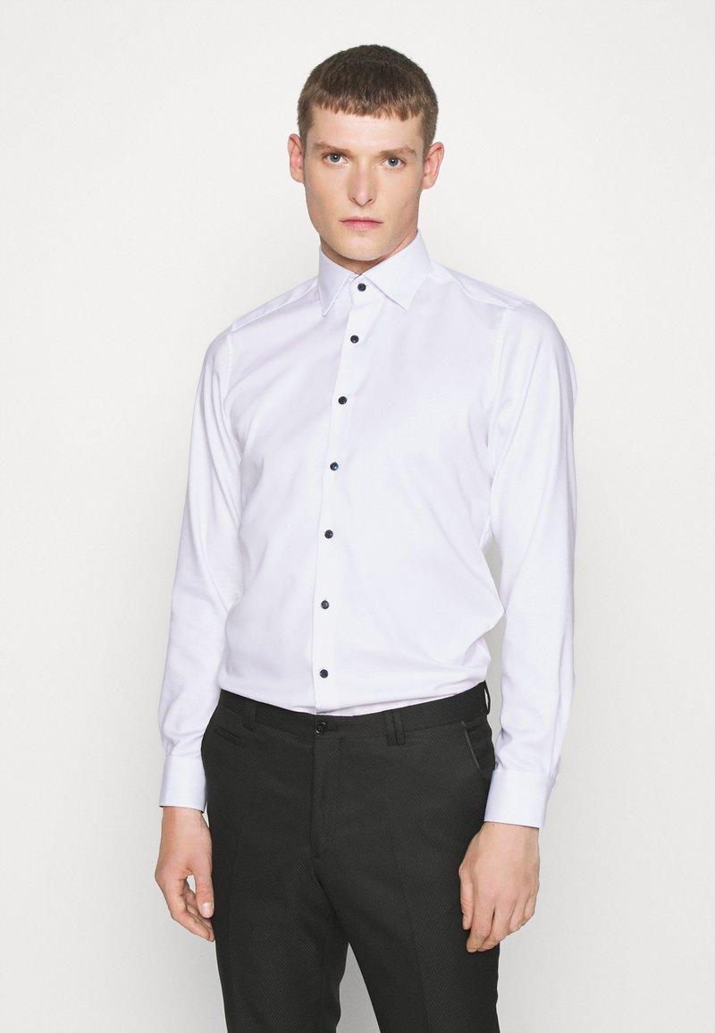 OLYMP Level Five - BODY FIT - Formal shirt - weiß