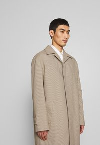 Joseph - FLORENCE HOUNDSTOOTH - Classic coat - camel - 3