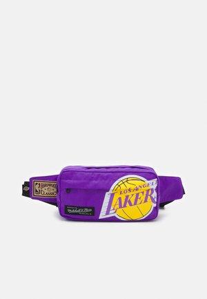 NBA LOS ANGELES LAKERS FANNY PACK UNISEX - Bum bag - purple