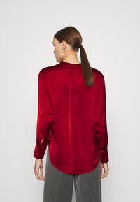Banana Republic - TUNIC HIGH SLIT - Blouse - mulled cranberry - 2
