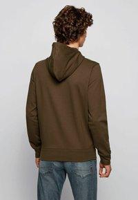 BOSS - Zip-up sweatshirt - open green - 2
