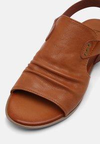 Mustang - Sandals - cognac - 5