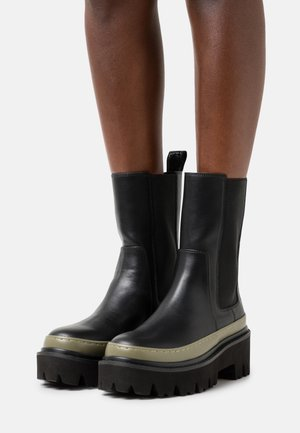 BEATLES - Platform ankle boots - military