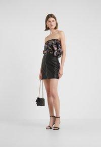 Pinko - LEVIGARE GONNA SIMIL - Mini skirt - black - 1