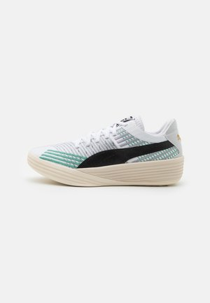 CLYDE ALL-PRO COAST  - Basketball shoes - white/power green