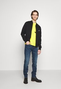 PS Paul Smith - BOMBER - Mikina na zip - black - 1