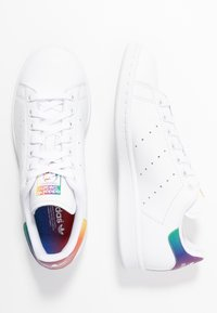 adidas Originals - STAN SMITH - Trainers - footwear white - 5