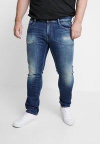 Replay Plus - MG914 - Slim fit jeans - blue denim - 0