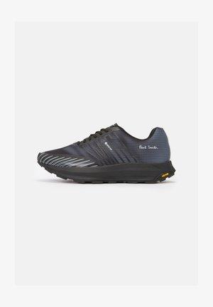 SIERRA - Sneakers basse - black