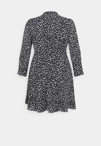 Selected Femme Curve - SLFVIA SHORT DRESS - Denní šaty - black - 7