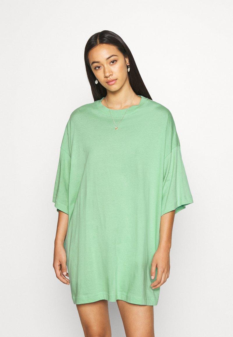 Weekday - HUGE - Basic T-shirt - sage green