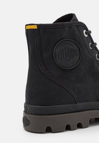 Palladium - PAMPA HI WAX UNISEX - Lace-up ankle boots - black - 5