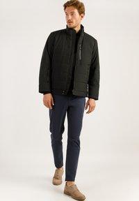 Finn Flare - IM MODERNEN LOOK - Winter jacket - black - 1
