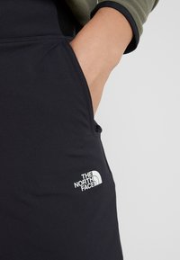 The North Face - QUEST PANT SLIM - Friluftsbukser - black - 3