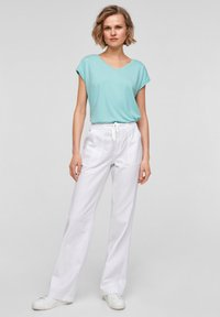 QS by s.Oliver - Trousers - white - 1