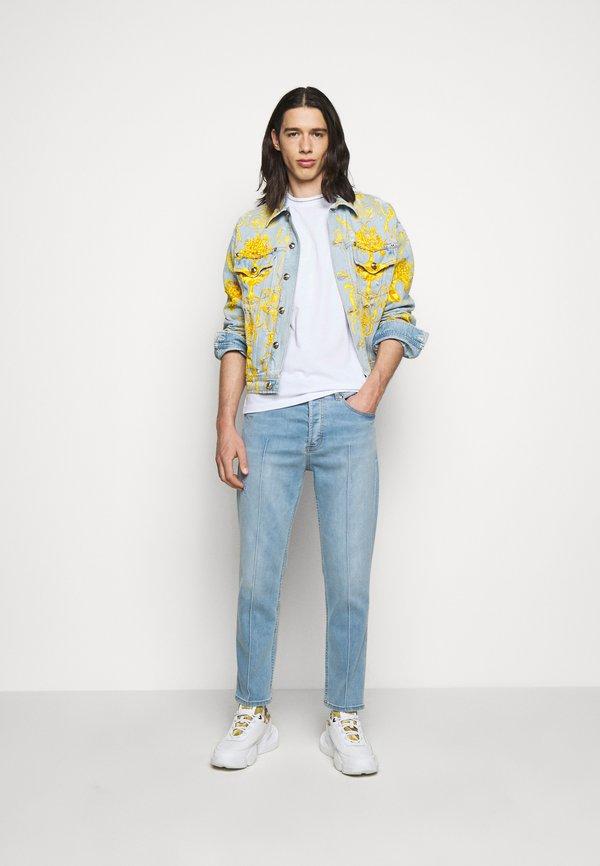 Versace Jeans Couture MOUSE - T-shirt z nadrukiem - white/biały Odzież Męska KERX