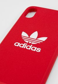adidas Originals - MOULDED CASEFOR IPHONE X/ IPHONE XS  - Etui na telefon - scarlet - 2