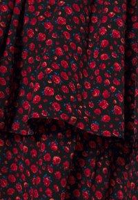 ONLY Tall - ONLTESSA DRESS - Day dress - black/mars red - 2