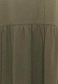 Noisy May Curve - NMKERRY SHORT DRESS - Trikoomekko - kalamata - 4