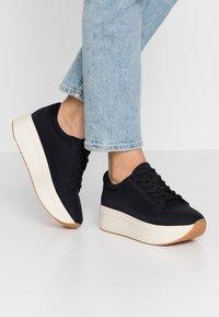 Vagabond - CASEY - Sneakersy niskie - black - 0