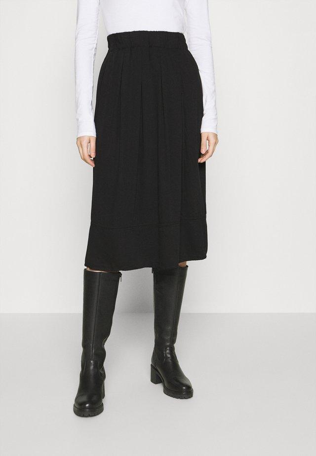 KIA MIDI - Áčková sukně - black