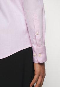 Tiger of Sweden - ADLEY - Formal shirt - pink - 4