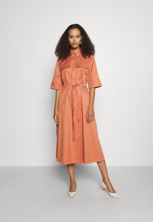 SHORT SLEEVE UTILITY SHIRT DRESS - Shirt dress - sepia brown