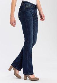 Cross Jeans - LAUREN - Bootcut jeans - deep blue - 0