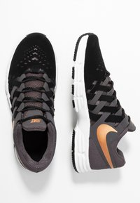 Nike Performance - LUNAR FINGERTRAP TR - Sports shoes - thunder grey/metallic copper/black/platinum tint - 1