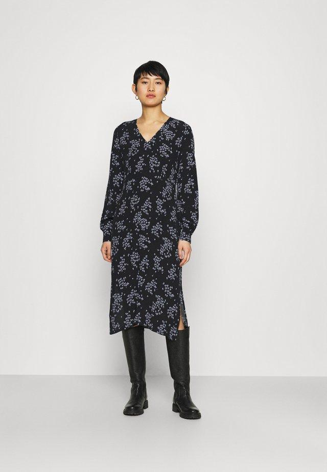 HUNCH  DRESS - Denní šaty - black