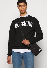 MOSCHINO - Sweatshirt - black - 4