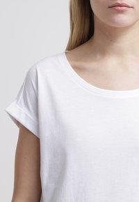 Vila - VIDREAMERS PURE - Basic T-shirt - optical snow - 4