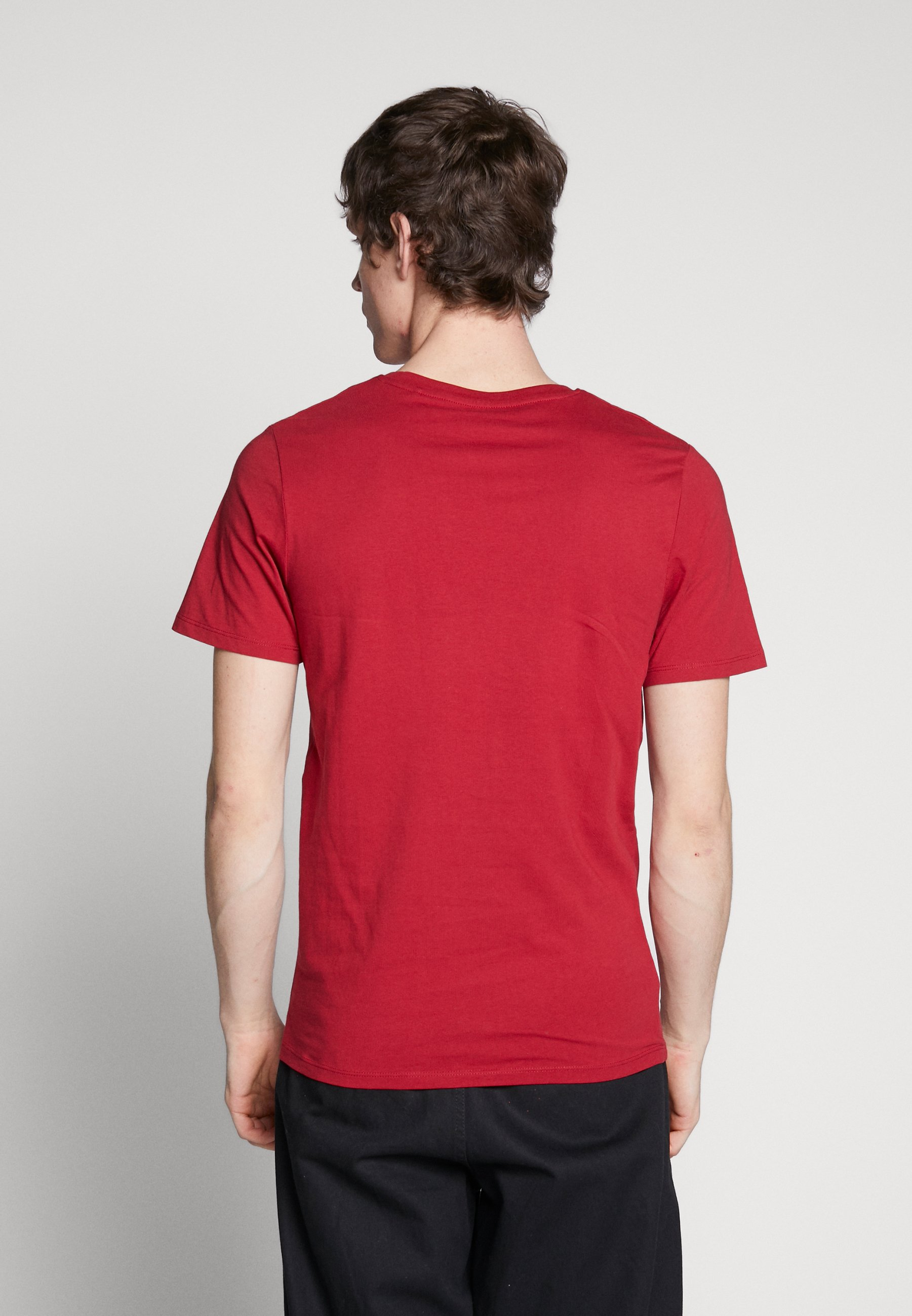 Jack & Jones JJEDENIM LOGO TEE O-NECK - Basic T-shirt - rio red/white 8uwDg