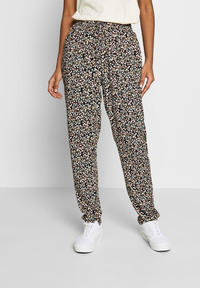 BYISOLE PANTS - Spodnie materiałowe - black combi
