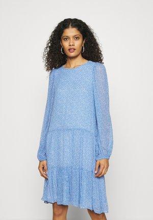 MANO DRESS - Vapaa-ajan mekko - blue bonnet