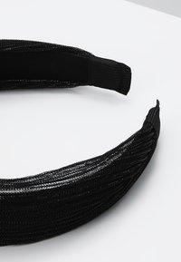 Pieces - Příslušenství kvlasovému stylingu - black - 2