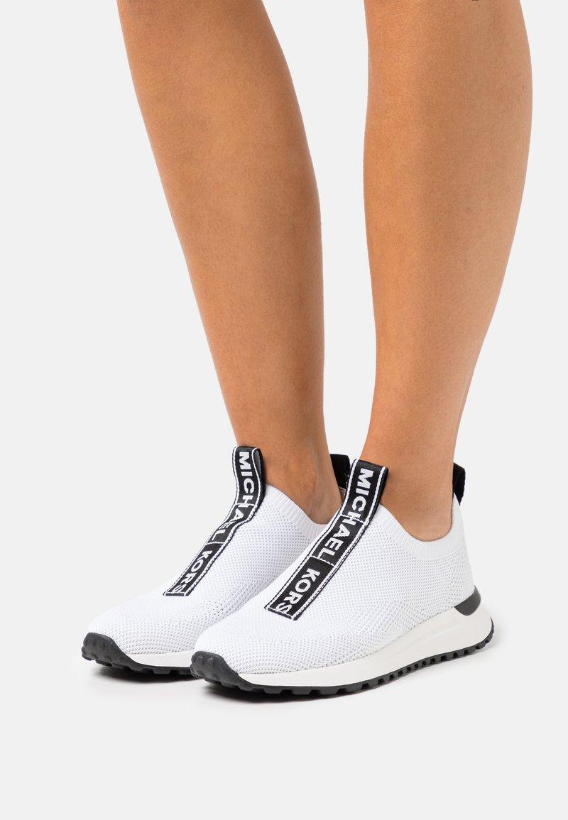 MICHAEL Michael Kors - BODIE SLIP ON - Sneakers laag - opticwhite