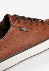 Next - TAN LACE-UP SHOES (OLDER) - Trainers - brown - 4