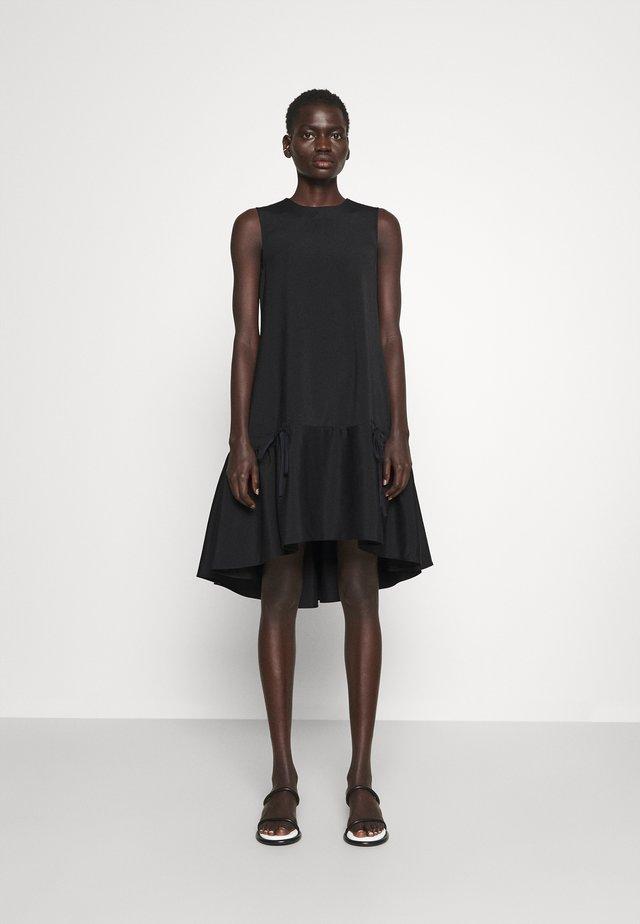 FLOUNCE HEM SHIFT DRESS - Cocktail dress / Party dress - black