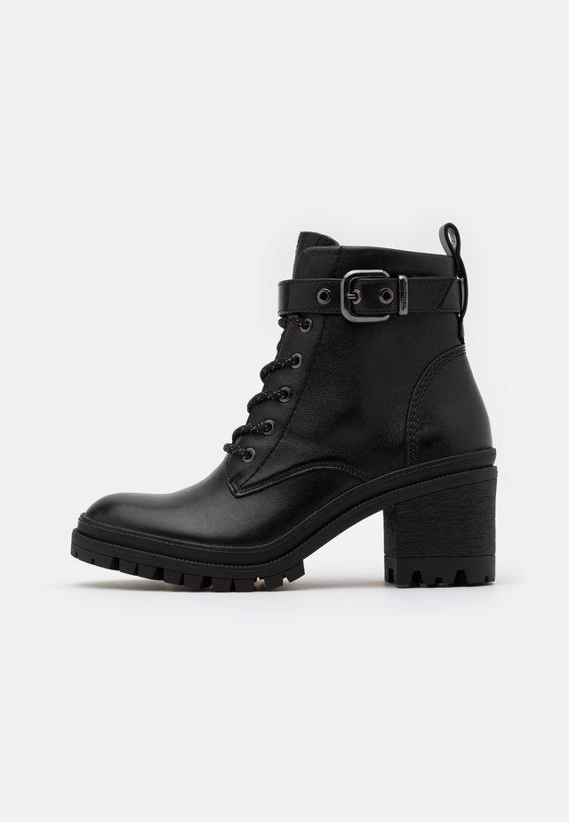 BOOTS - Veterboots - black