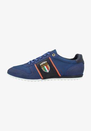 Sneakers laag - olympian blue