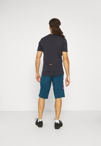 Mons Royale - CADENCE - T-shirt basic - iron - 2