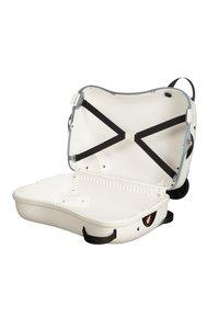 Samsonite - ZUM DRAUFSITZEN - Wheeled suitcase - off-white/black - 3