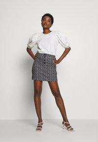 Dorothy Perkins - PRINT MINI - A-line skirt - black - 1