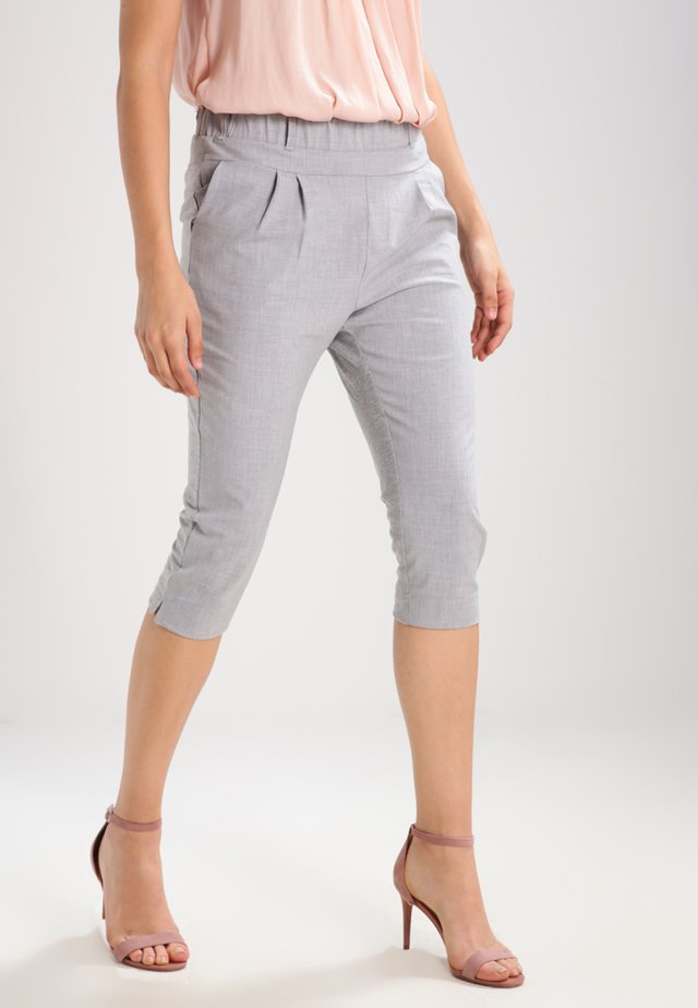 JILLIAN CAPRI PANTS - Shorts - light grey melange