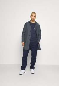 Carhartt WIP - MASTER PANT DENISON - Trousers - space rinsed - 1