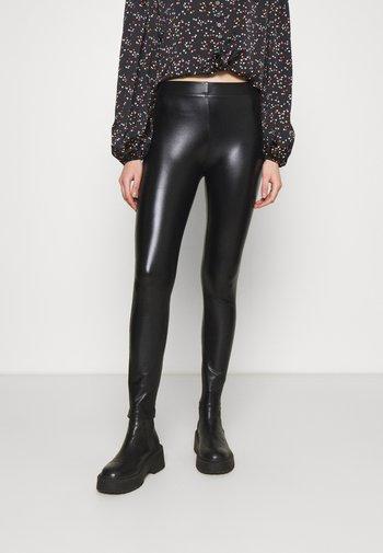 WET LOOK  - Leggings - black