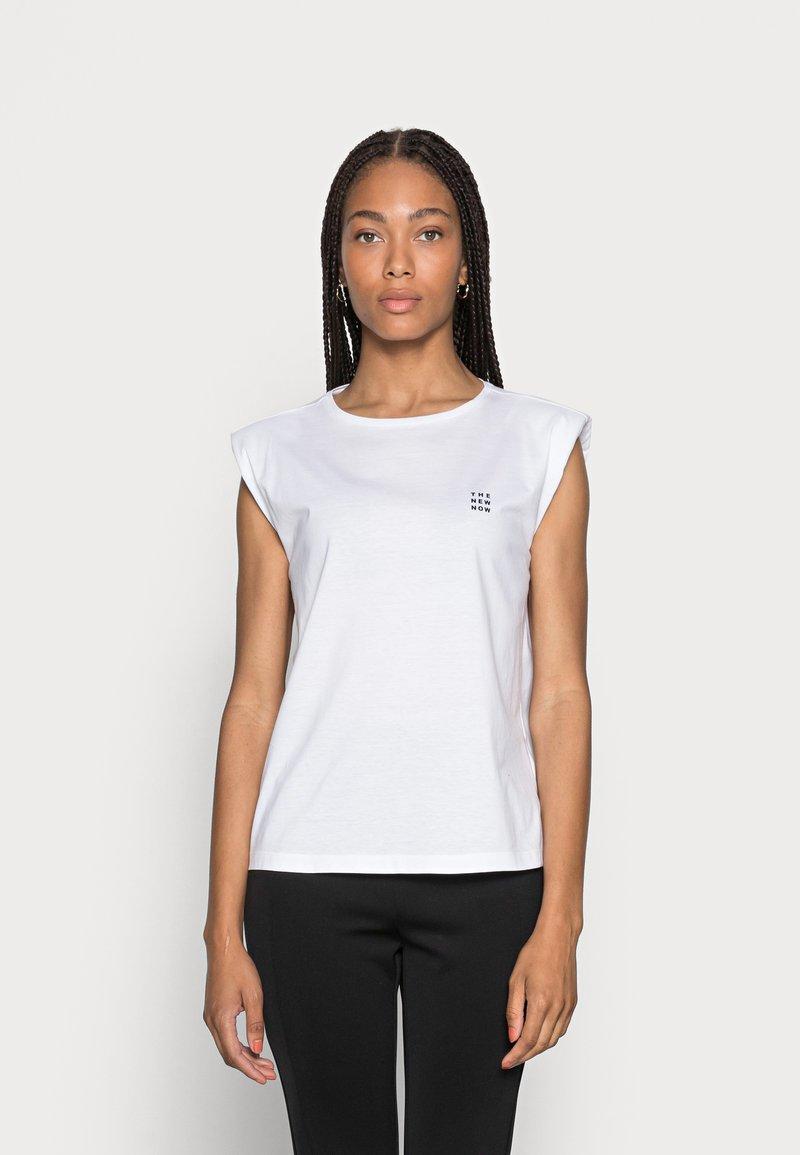 someday. - KARELA - Basic T-shirt - white